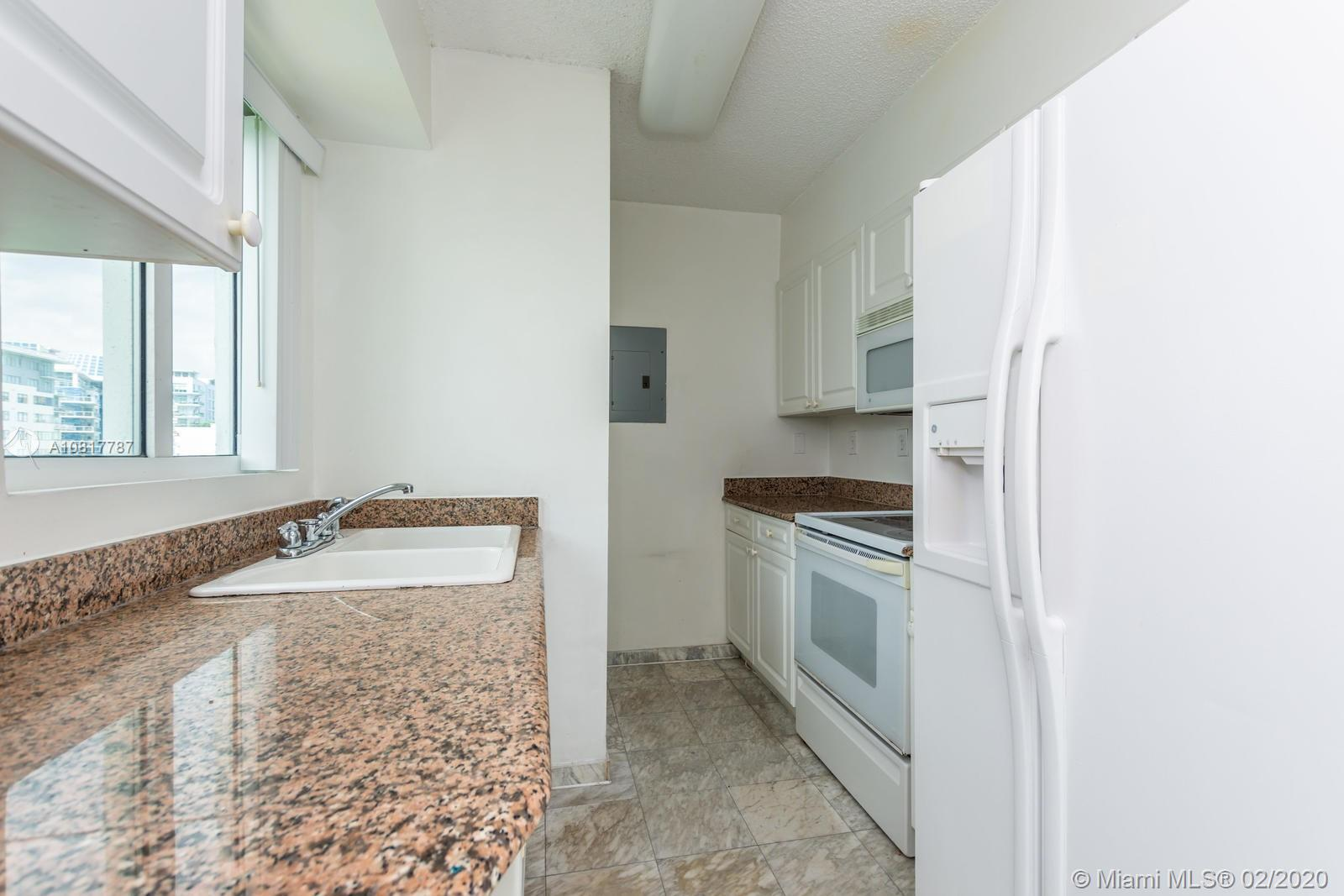 5900 Collins Ave #803 photo016