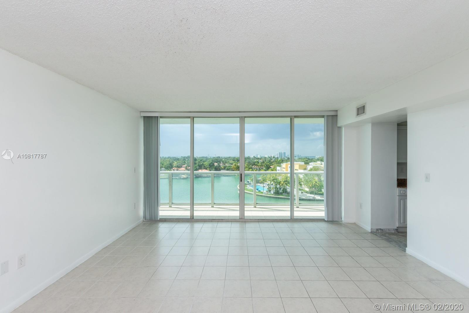 5900 Collins Ave #803 photo05