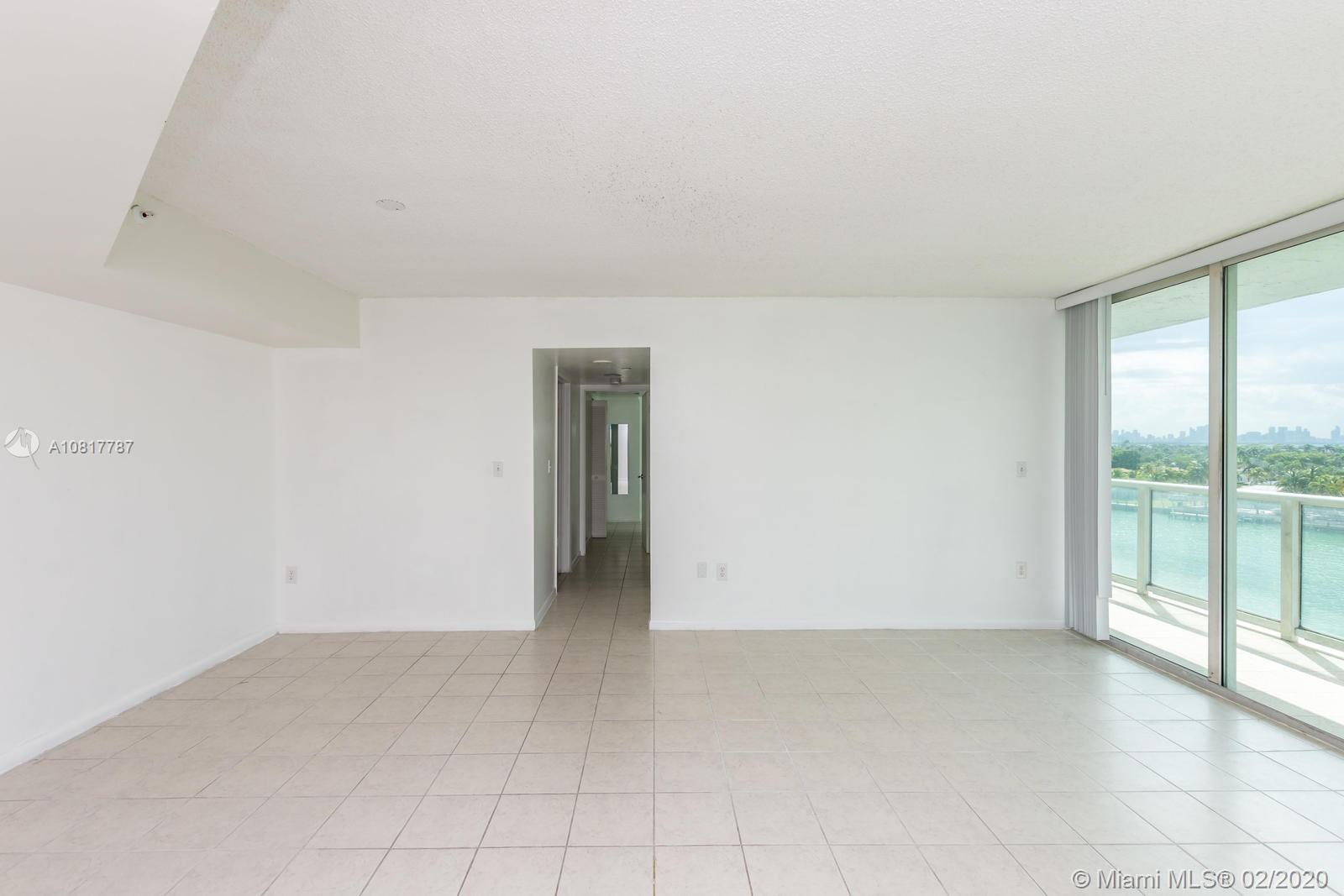 5900 Collins Ave #803 photo033