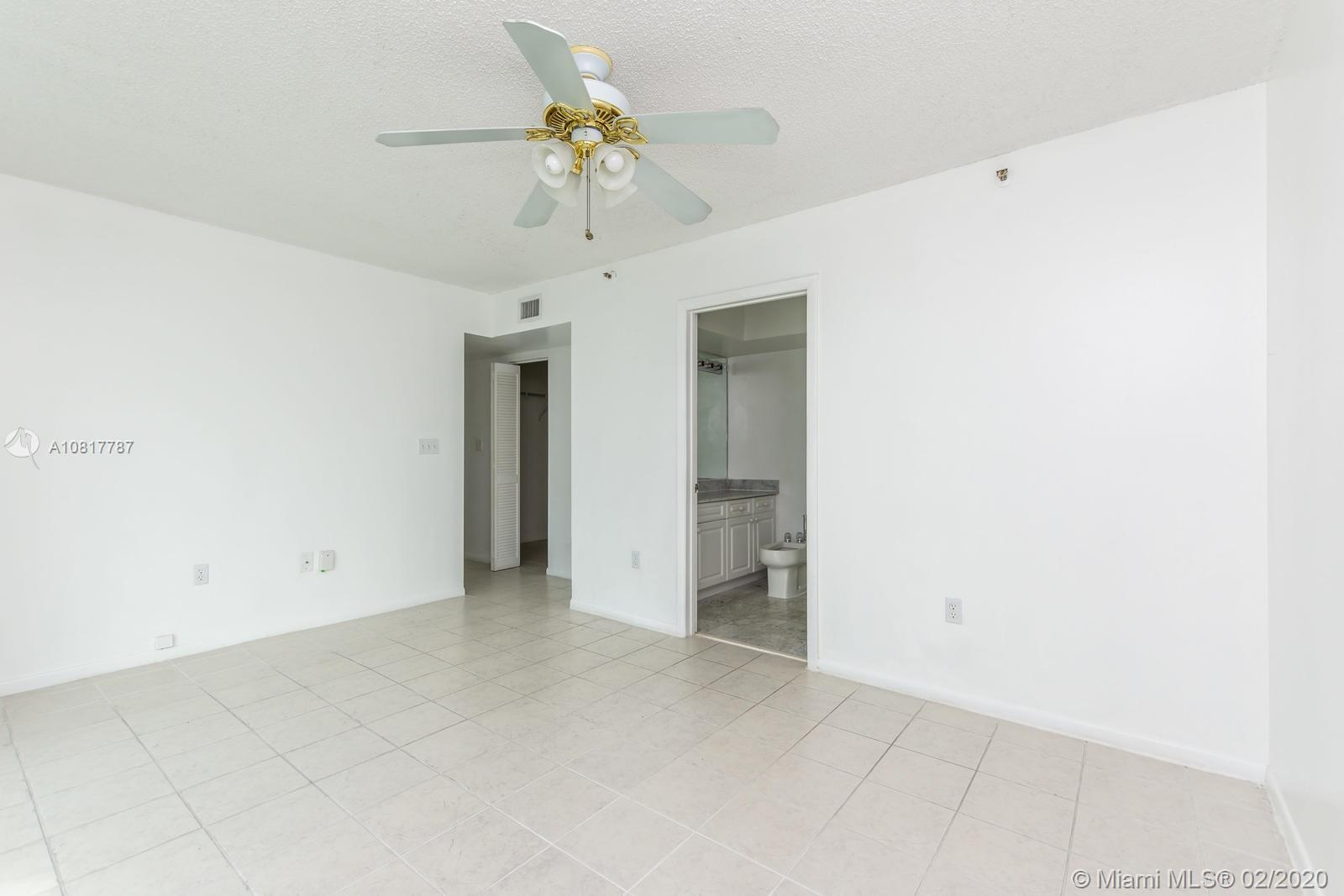 5900 Collins Ave #803 photo031