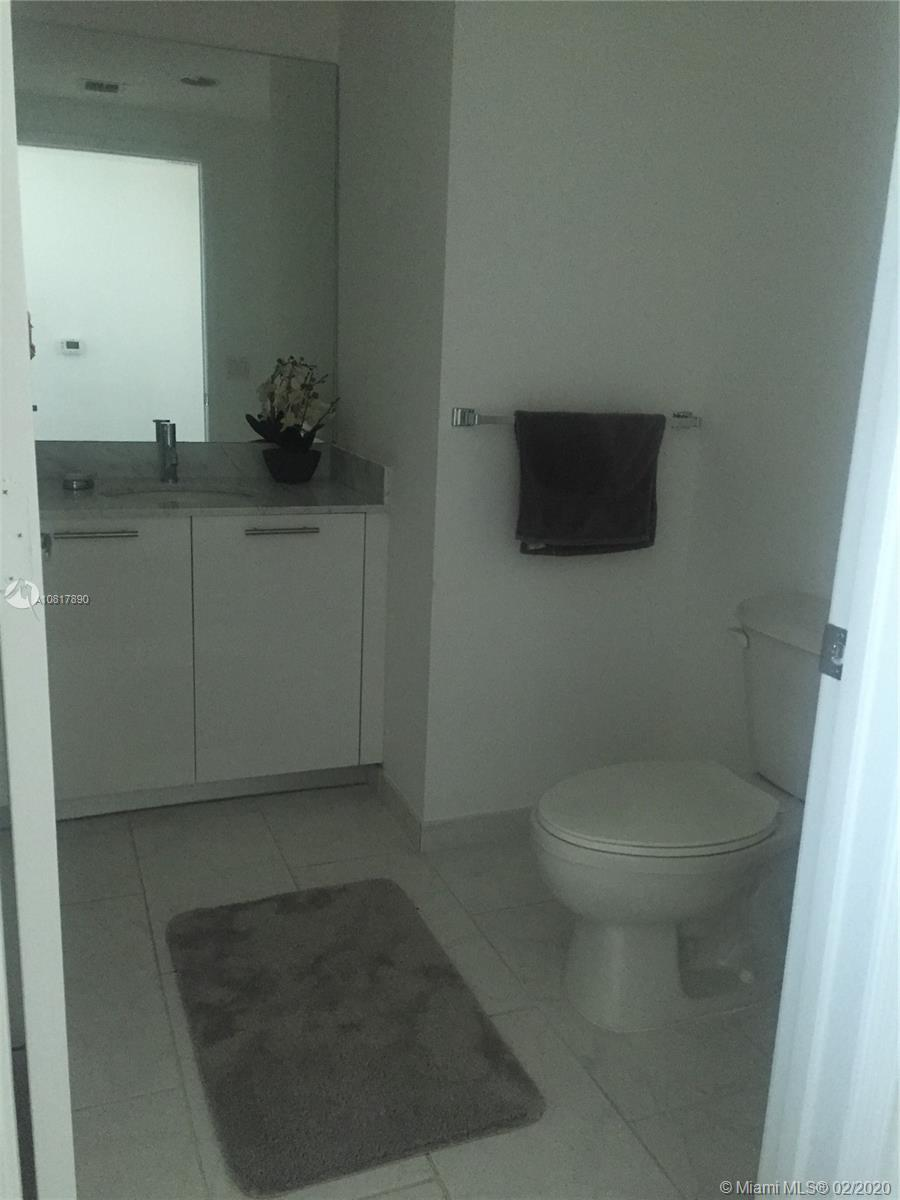 Photo of 950 Brickell Bay Dr #2210 listing for Sale