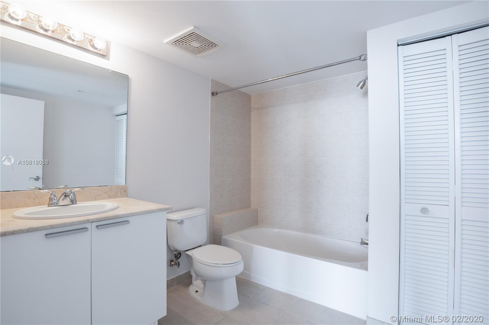 16699 Collins Ave #3709 photo016