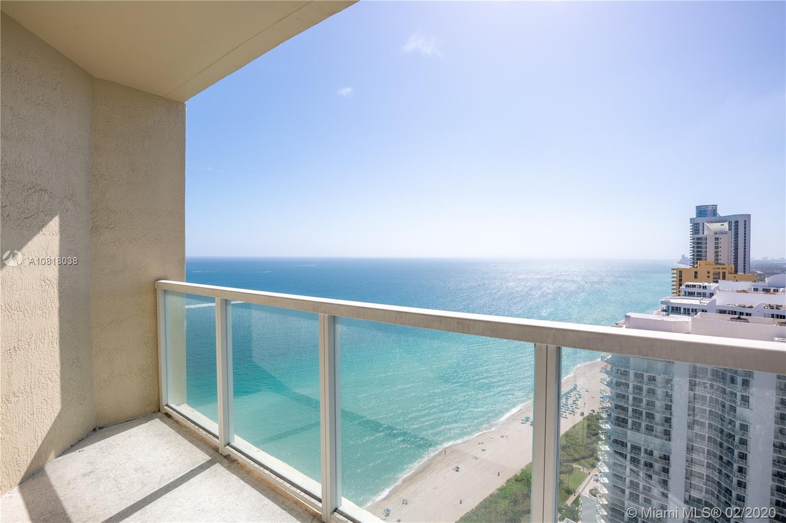 16699 Collins Ave #3709 photo020