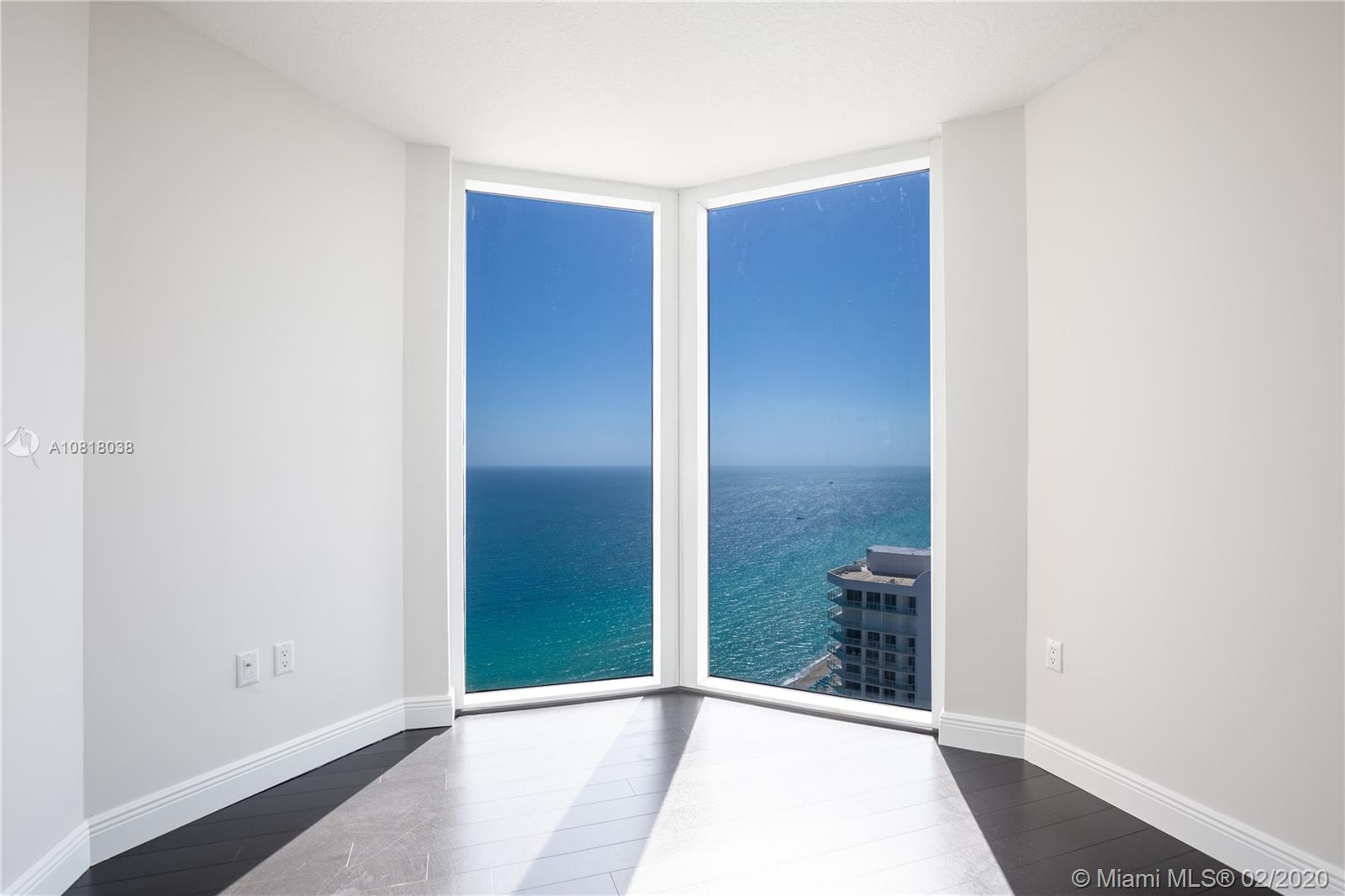 16699 Collins Ave #3709 photo014