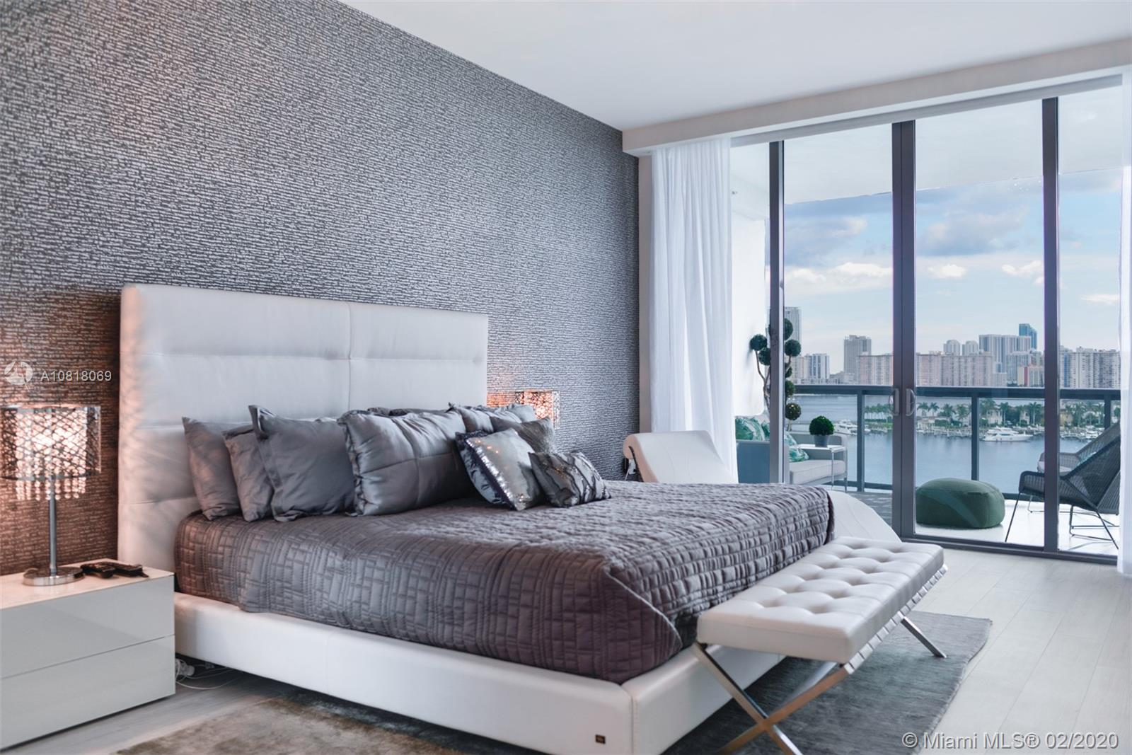Photo of 3300 NE 188 St #912 listing for Sale