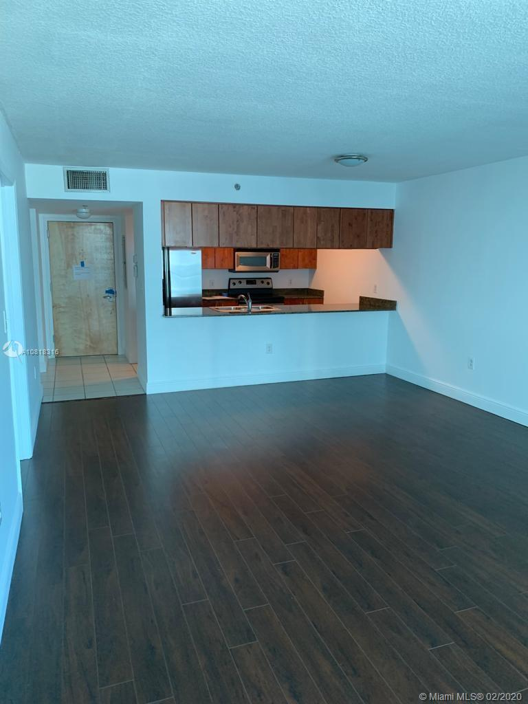 1200 Brickell Bay Dr #2818 photo07