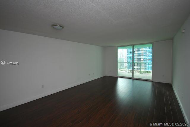 1200 Brickell Bay Dr #2818 photo09