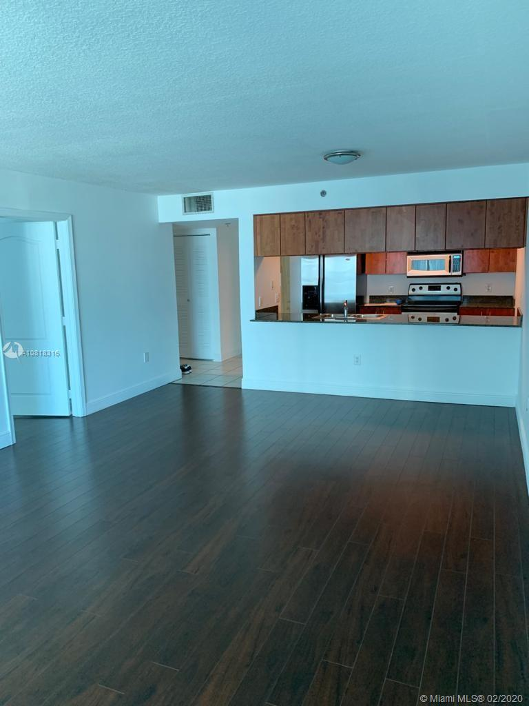 1200 Brickell Bay Dr #2818 photo08