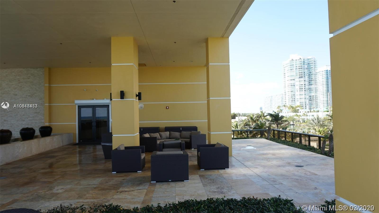 16275 Collins Ave #604 photo033