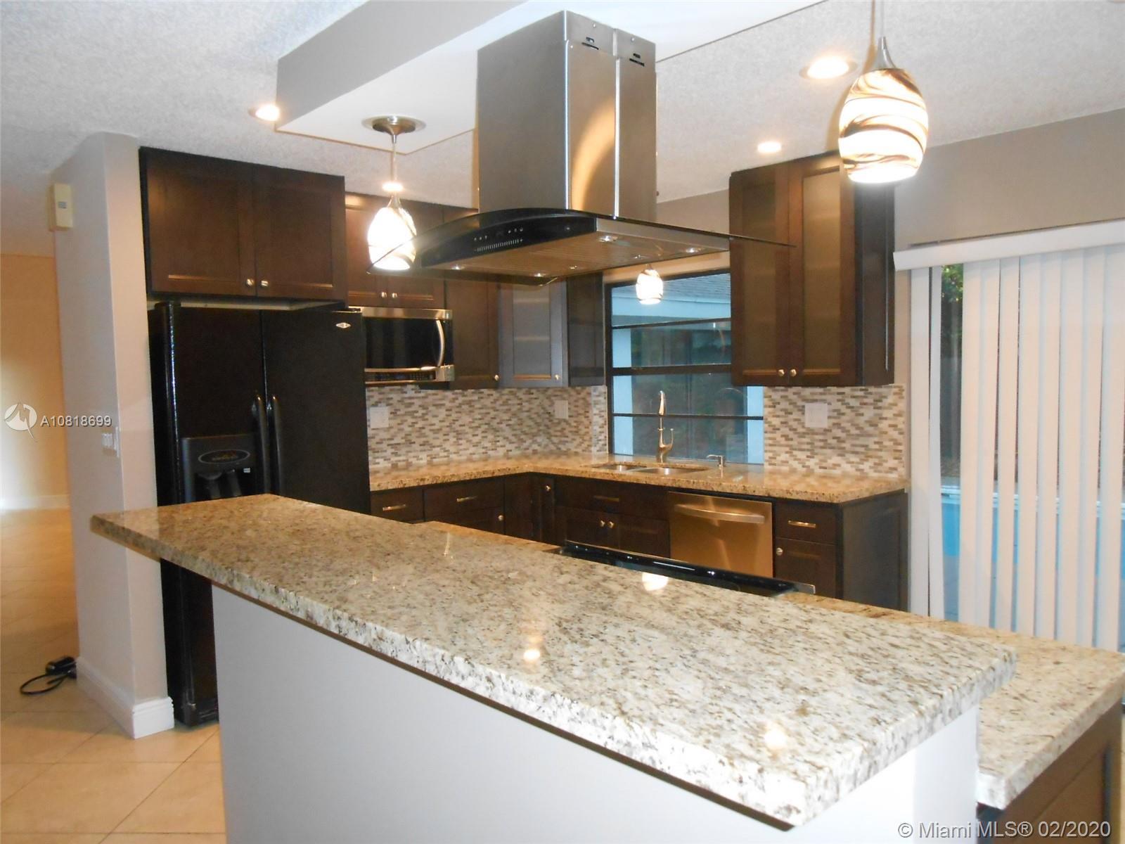106 Kensington Rd photo03