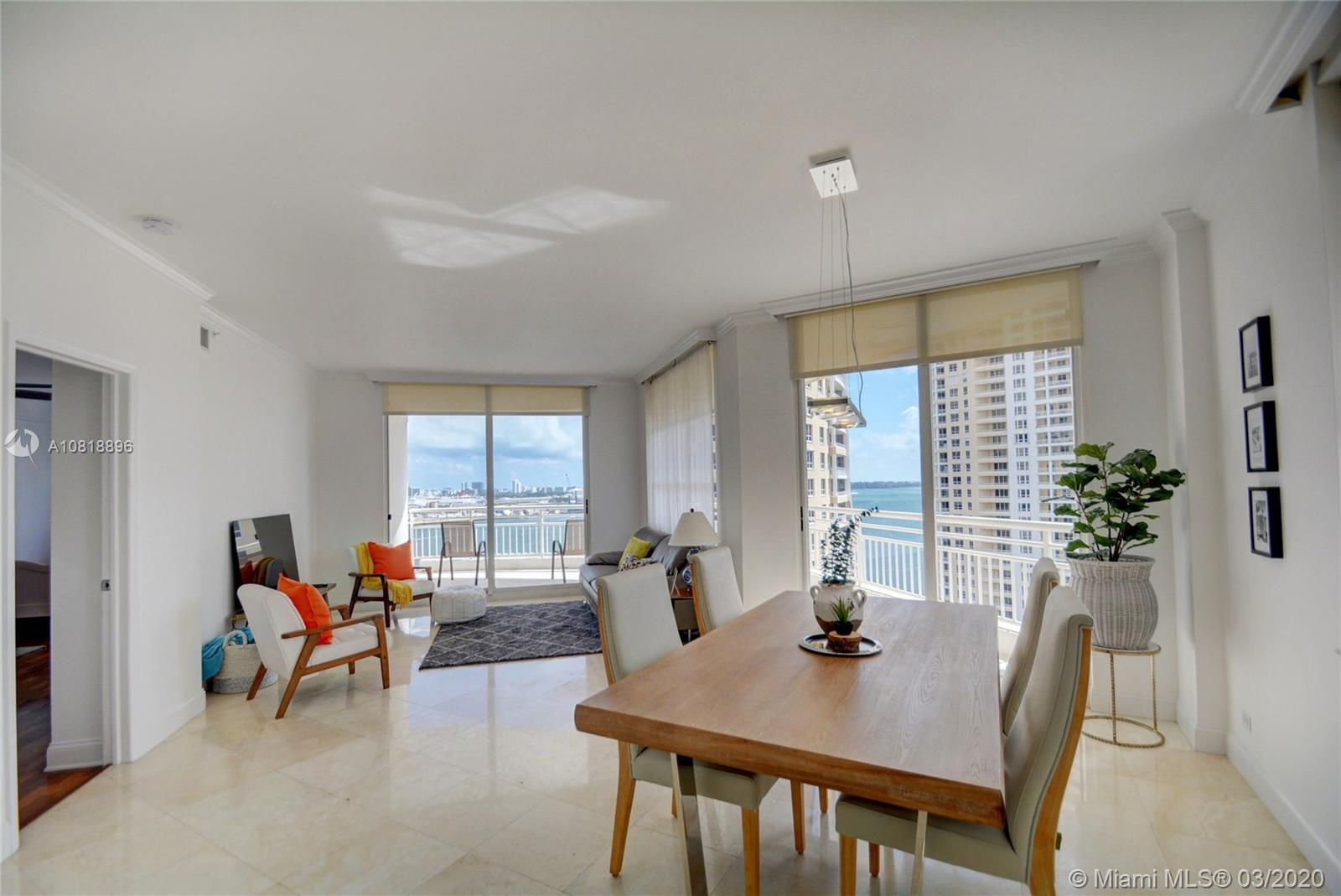 888 Brickell Key Dr #1811 photo06