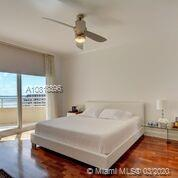 888 Brickell Key Dr #1811 photo07