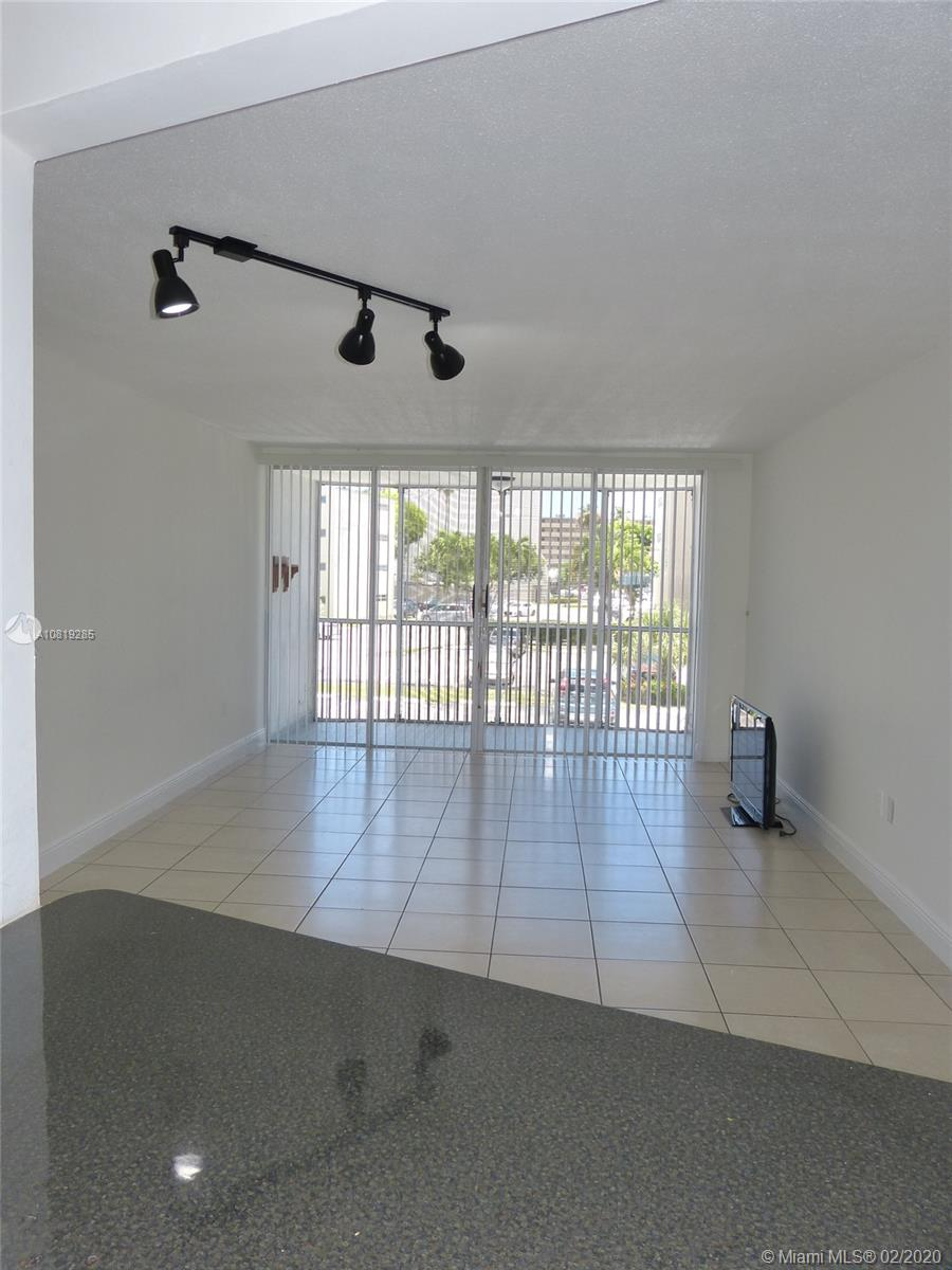 1680 NE 191st St, 217-2 - Miami, Florida