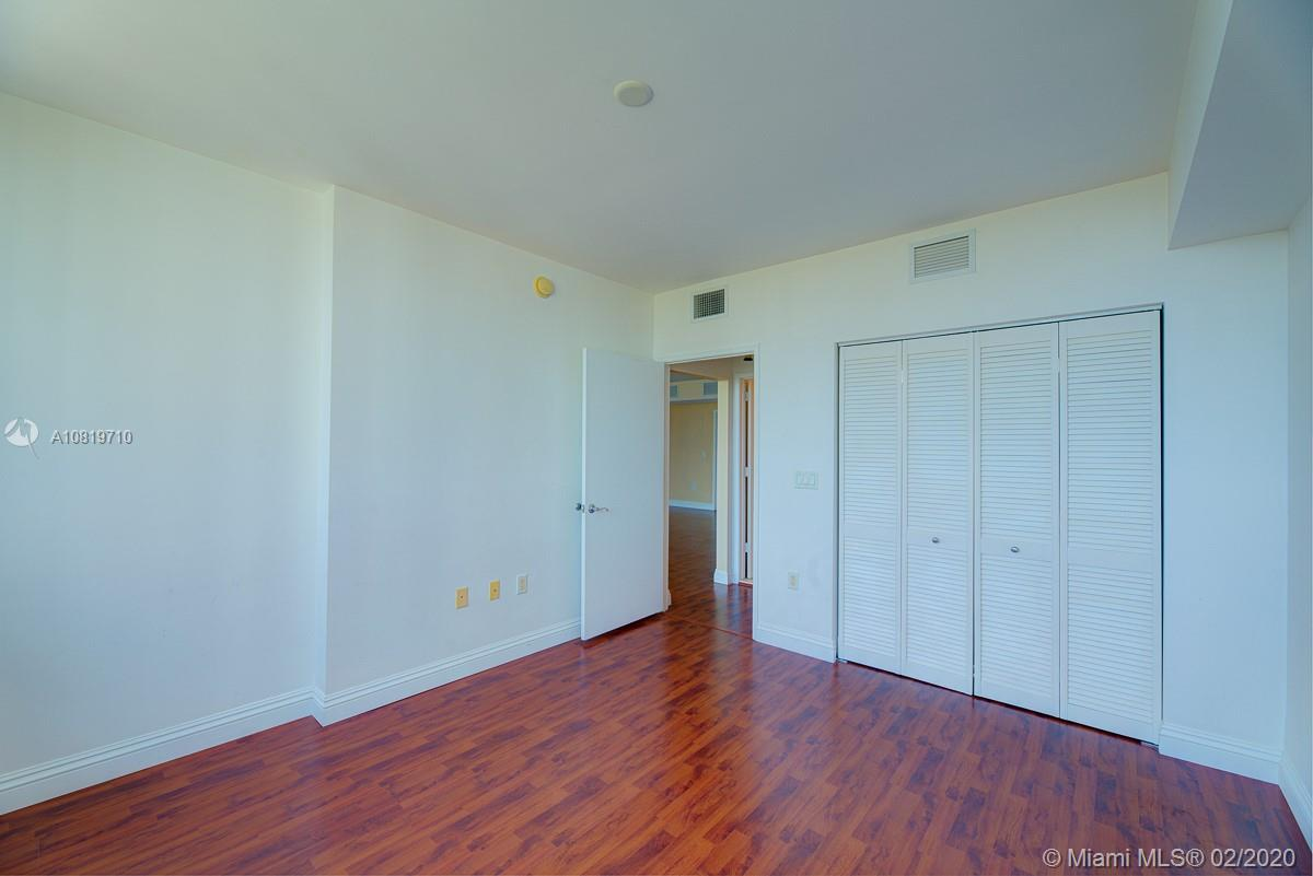19400 Turnberry Way #1521 photo016