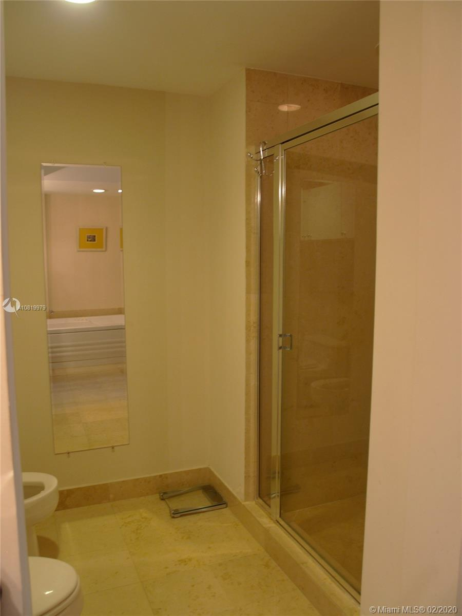4775 Collins Ave #1706 photo012