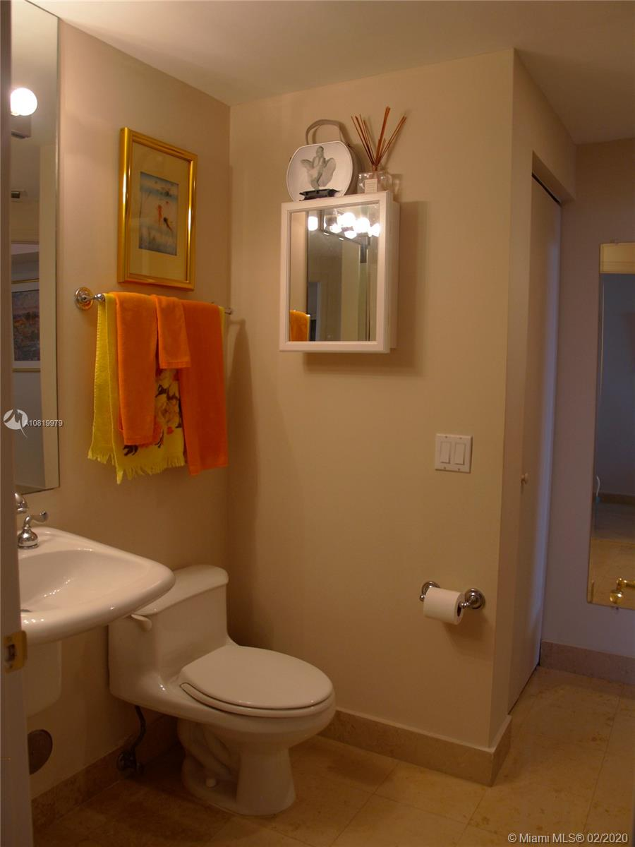 4775 Collins Ave #1706 photo021