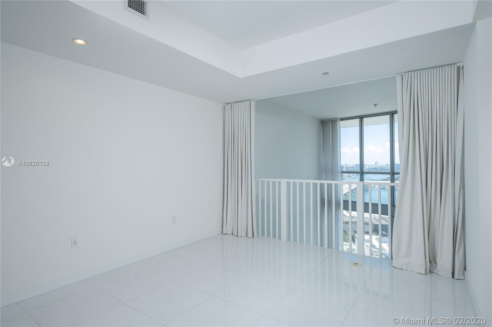 1100 BISCAYNE BL #2705 photo015