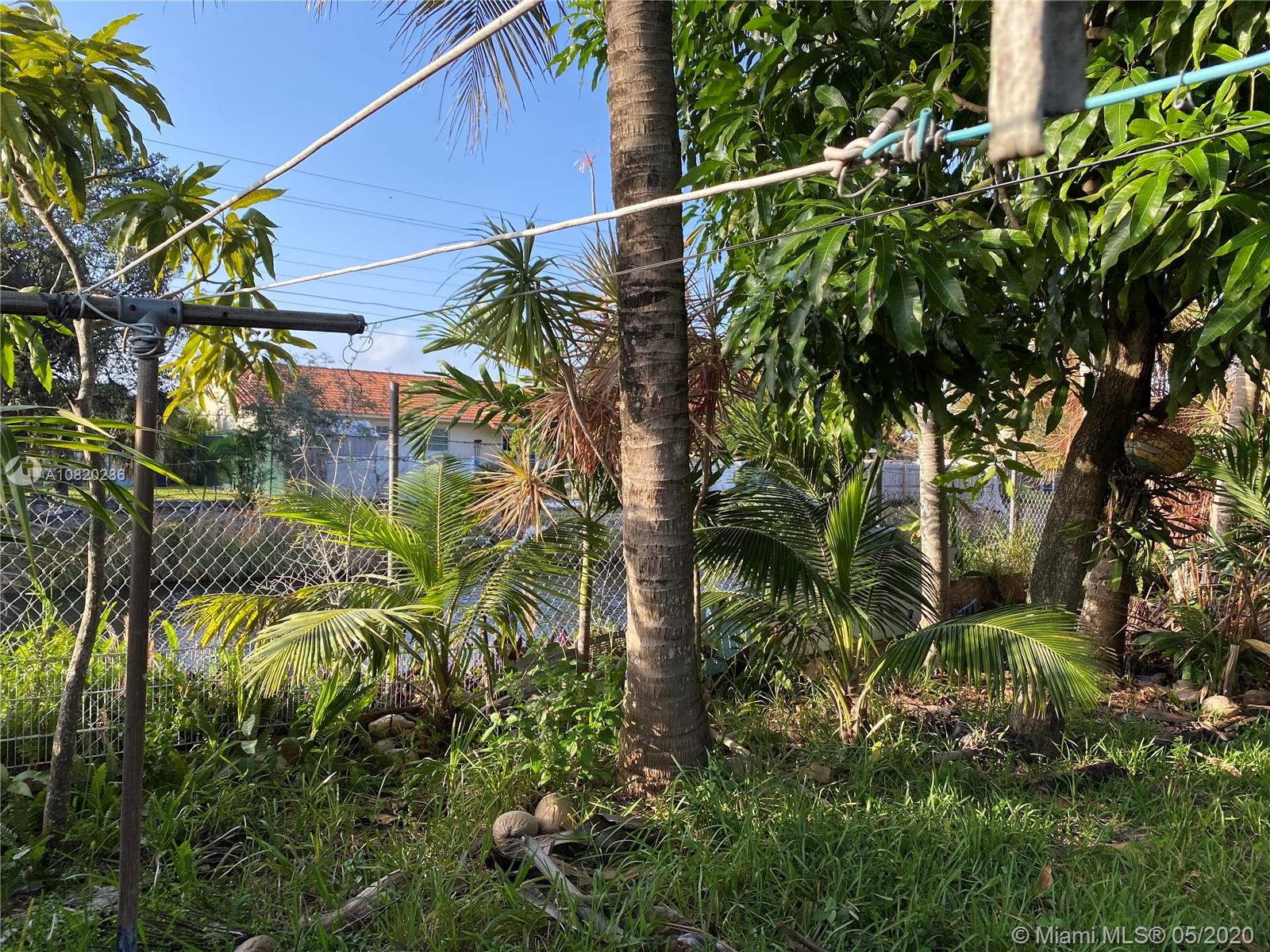 360 Tamiami Canal Rd photo035