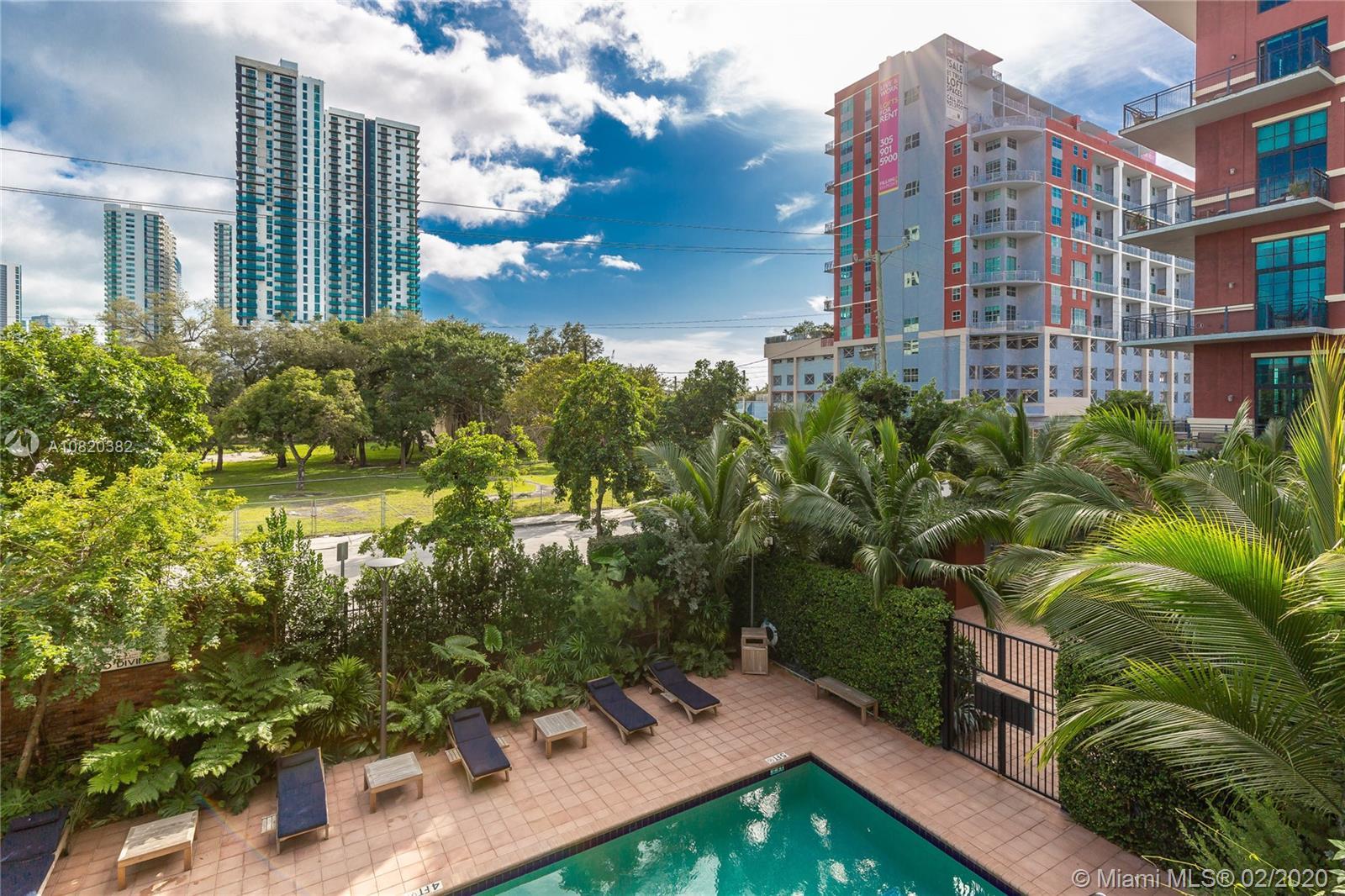 1749 NE Miami Ct #204 photo013