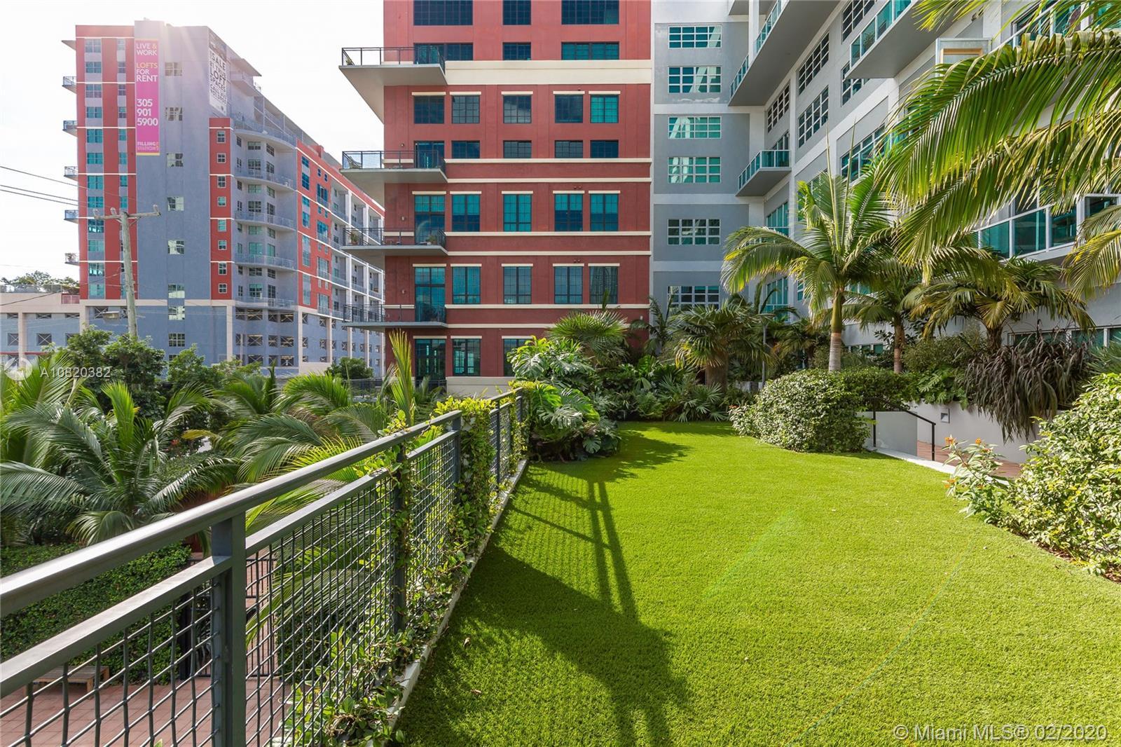 1749 NE Miami Ct #204 photo012