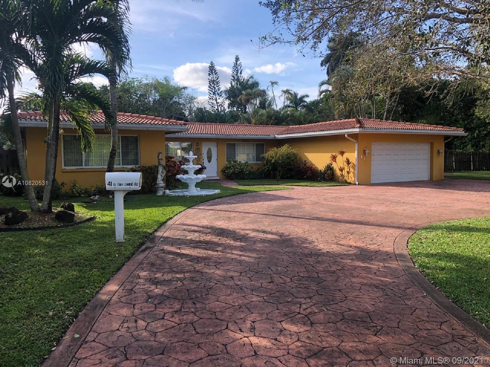Property for sale at 41 N Fig Tree Lane, Plantation,  Florida 33317