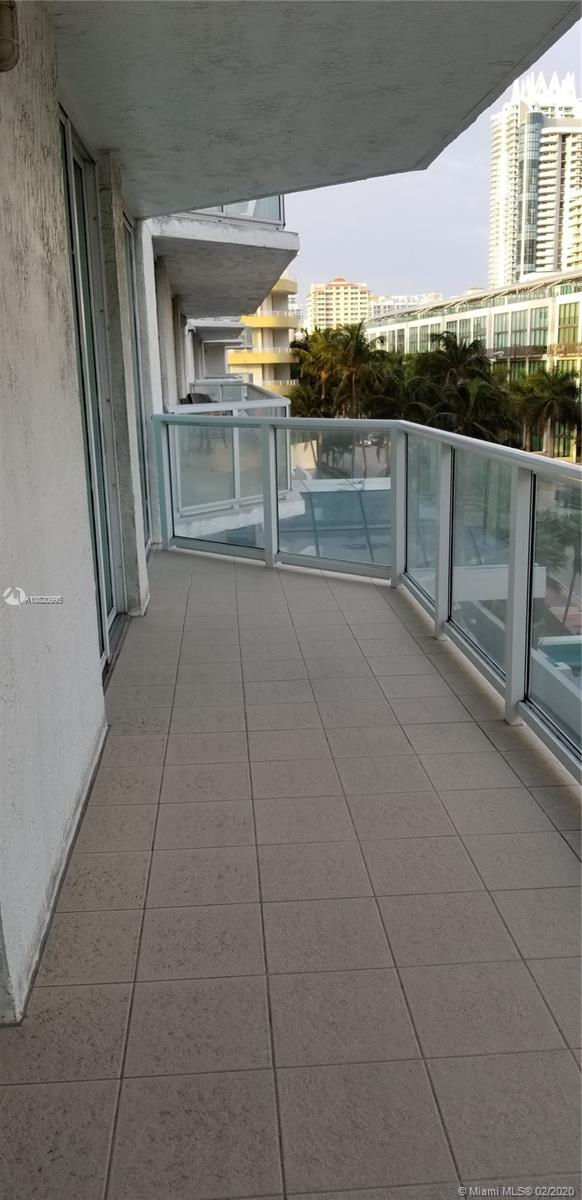 5900 Collins Ave #502 photo07