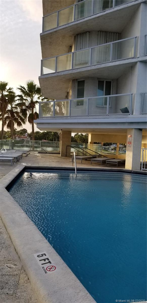 5900 Collins Ave #502 photo09