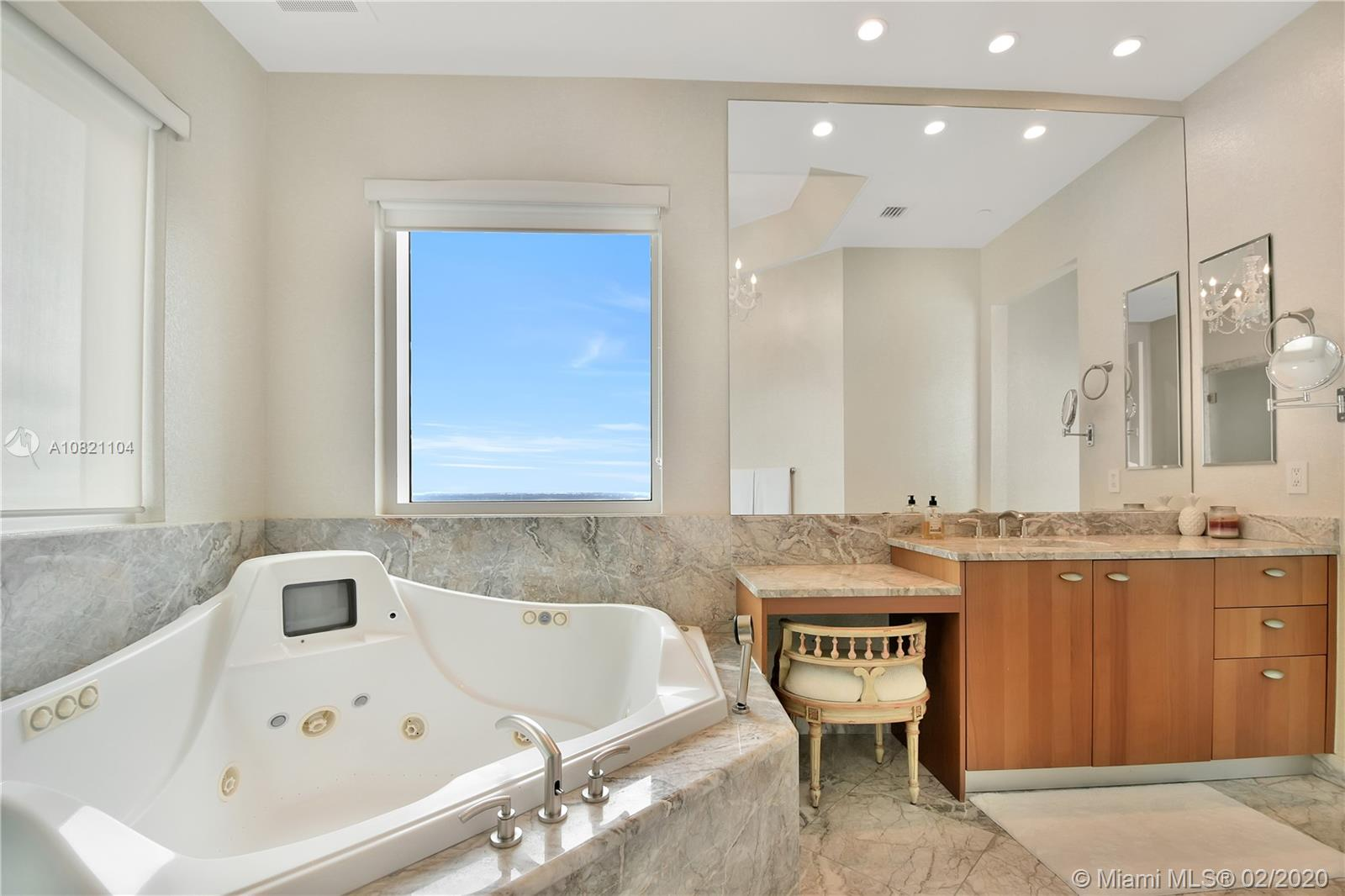 Property 16051 Collins Ave #PH3501 image 17
