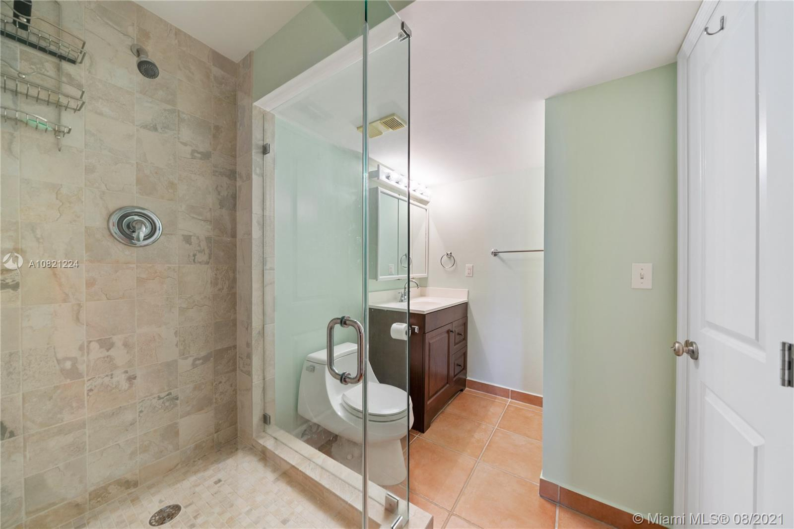 2625 Collins Ave #909 photo07
