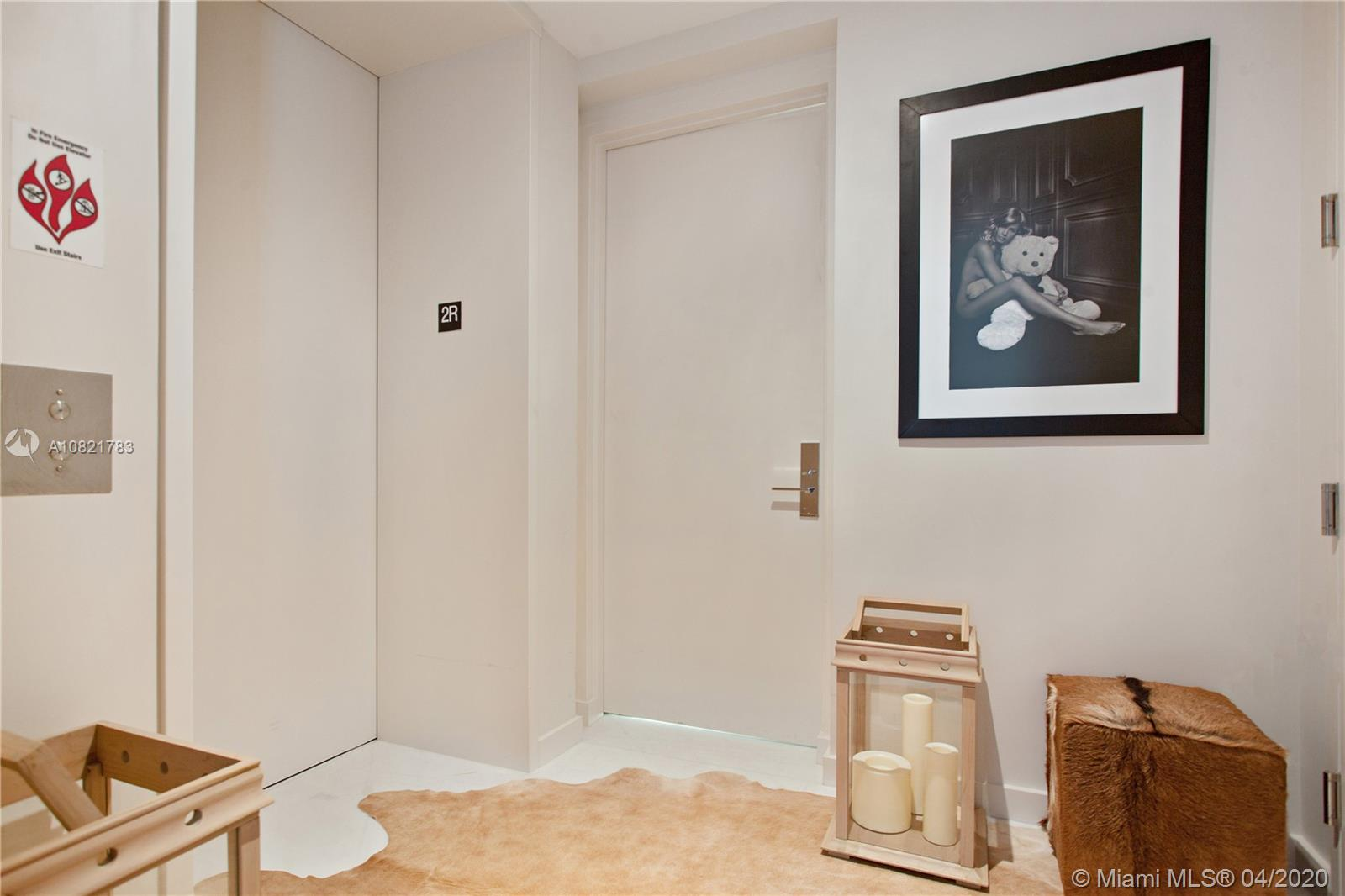 10203 Collins Ave #211 photo03