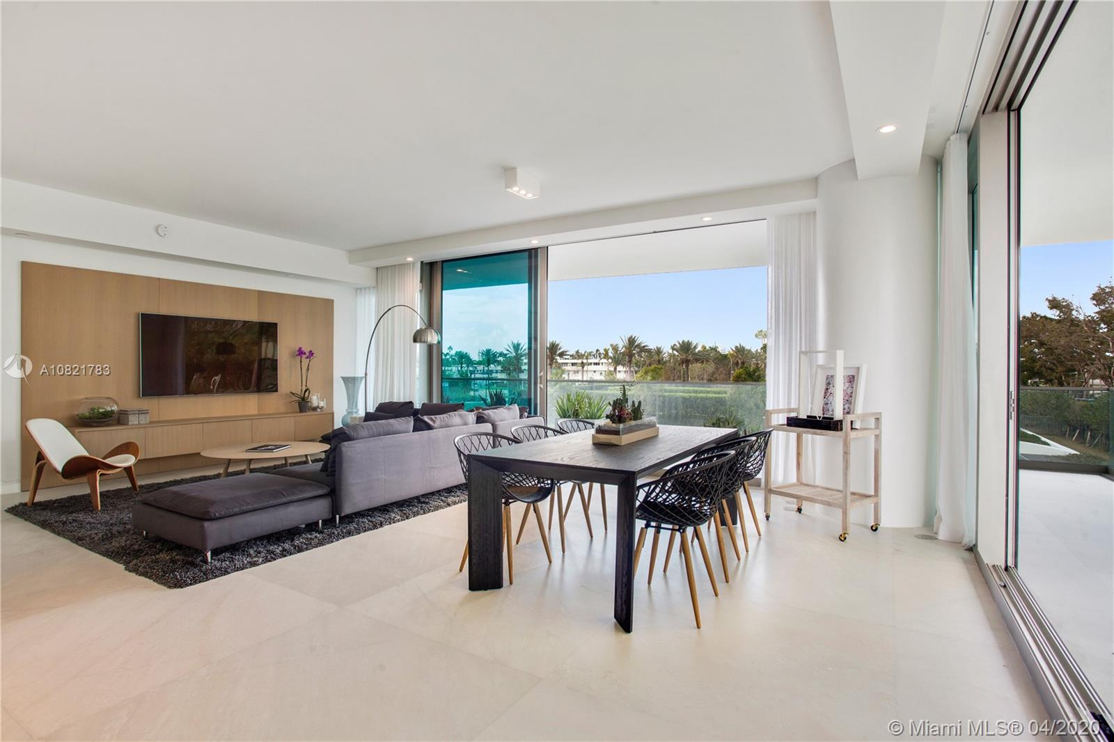 10203 Collins Ave #211 photo04