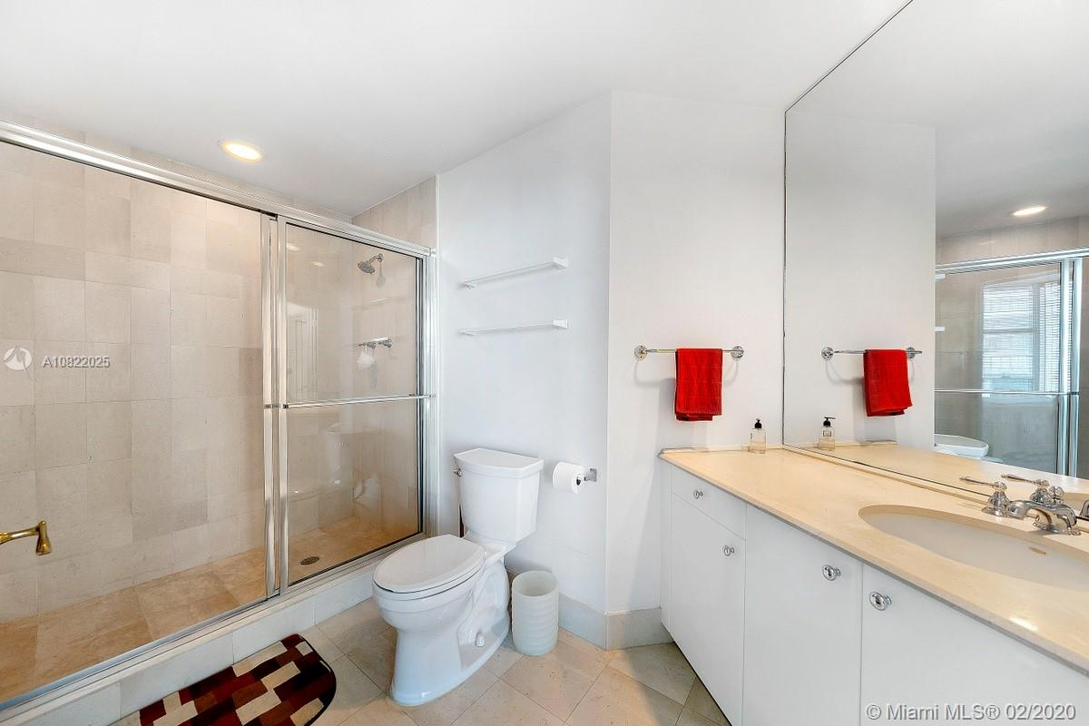 Photo of 300 S Pointe Dr #1705 listing for Sale