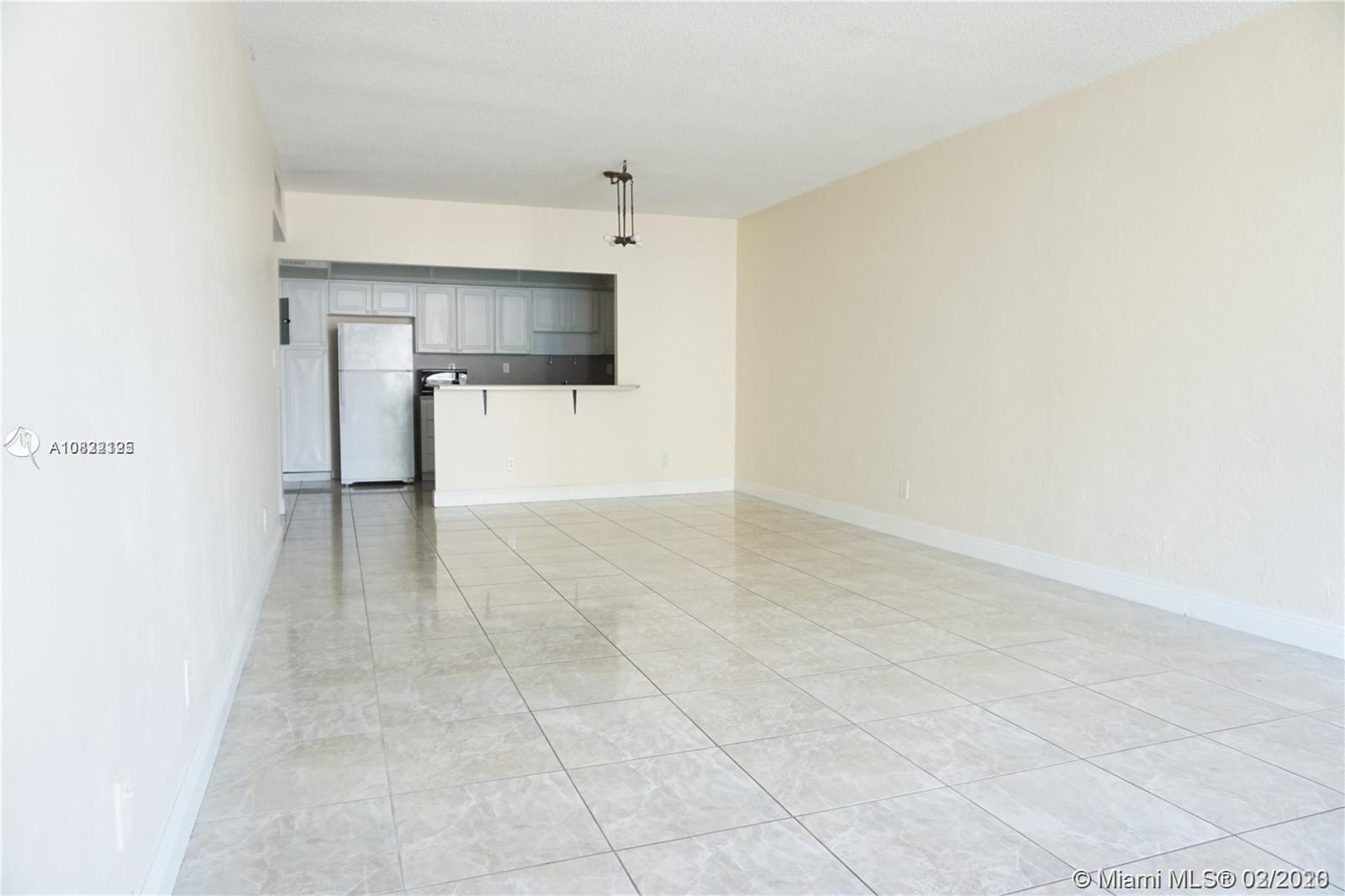 19380 Collins Ave #803 photo01