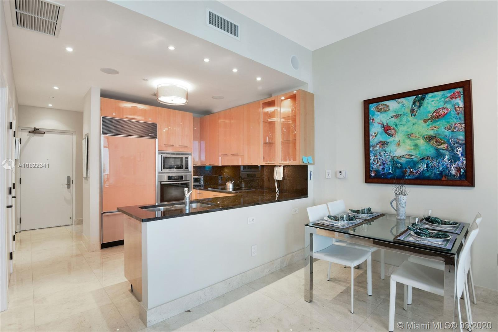 6799 Collins Ave #307 photo07