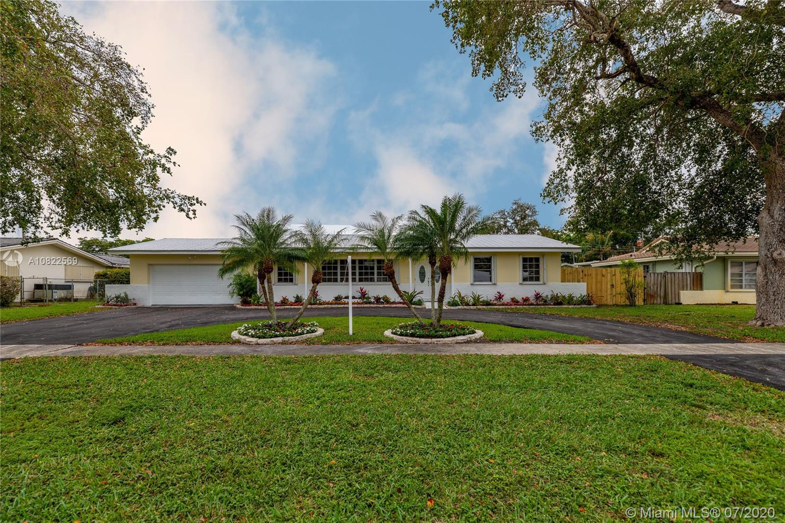 Property for sale at 7540 Plantation Rd, Plantation,  Florida 33317