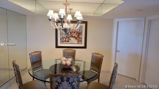 16425 Collins Ave #915 photo06
