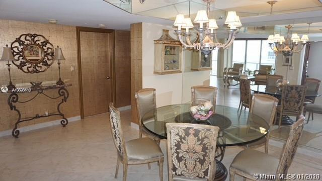 16425 Collins Ave #915 photo05