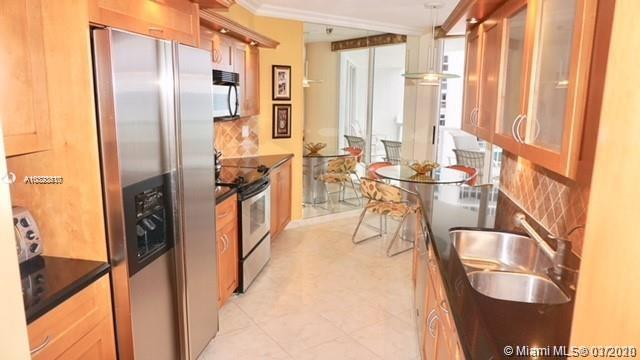 16425 Collins Ave #915 photo04
