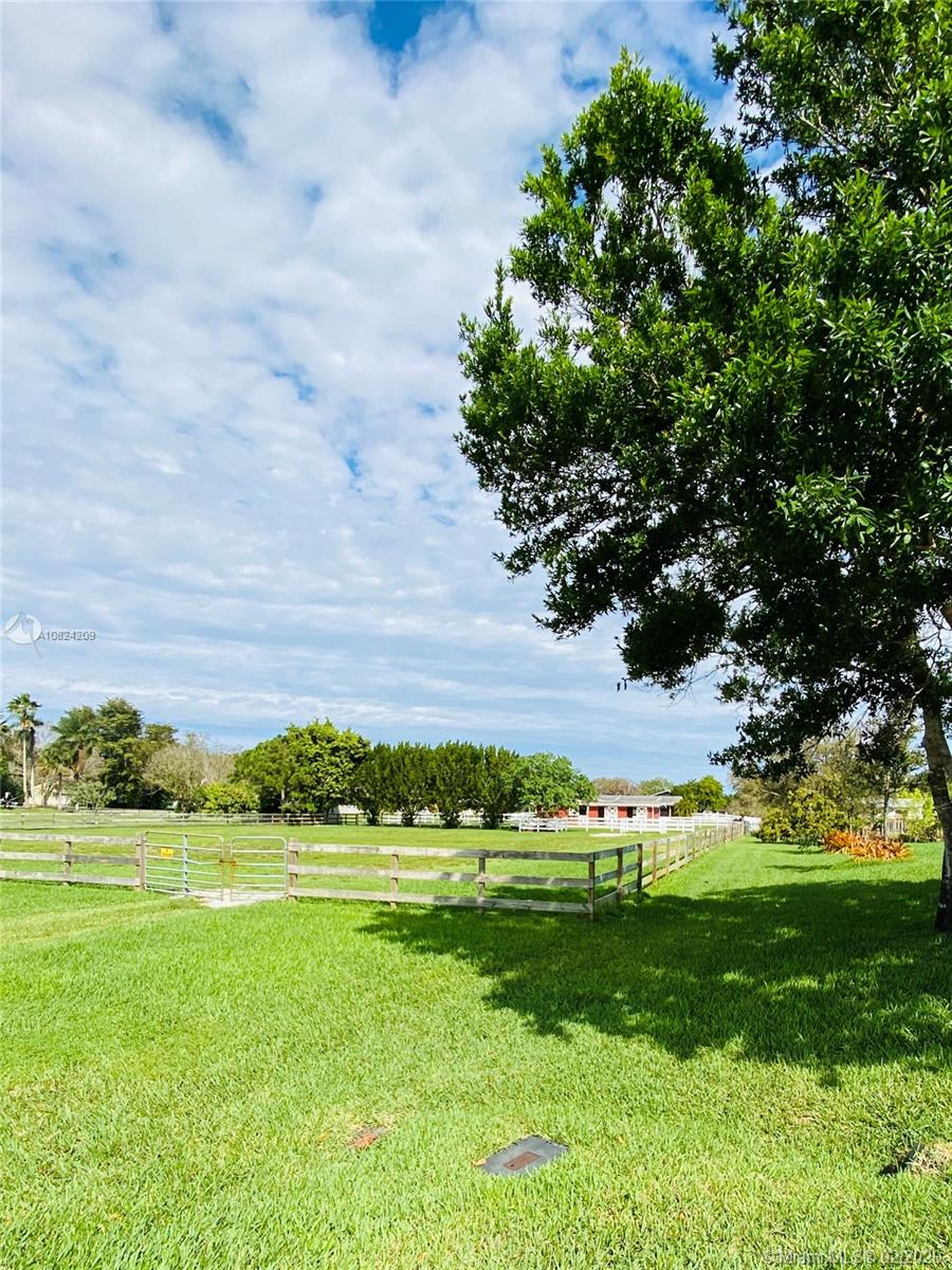 Property for sale at 205 SW 51, Pembroke Pines,  Florida 33332