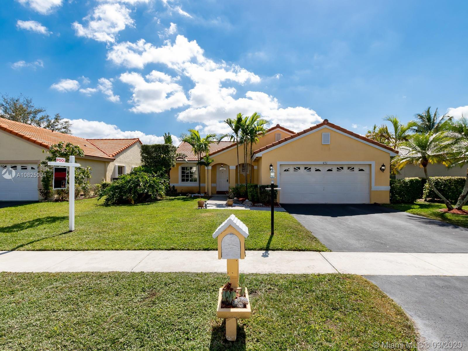 Property for sale at 451 NW 190th Ave, Pembroke Pines,  Florida 33029