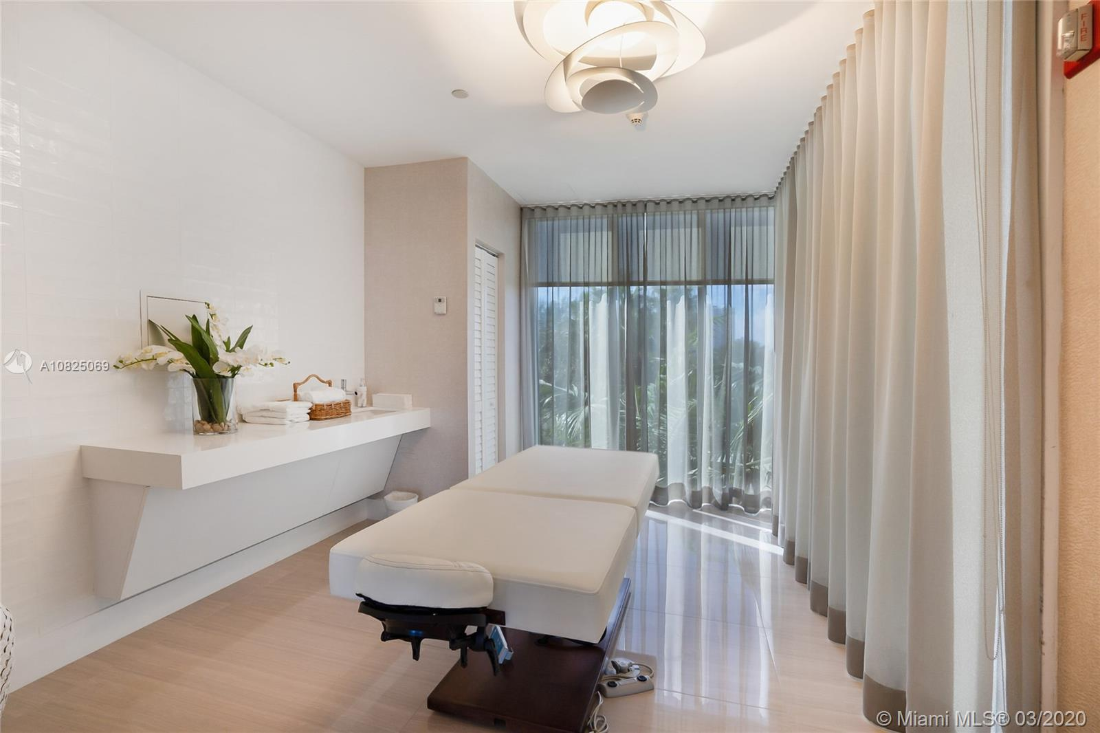 Photo of 19111 Collins Ave #2508 listing for Sale
