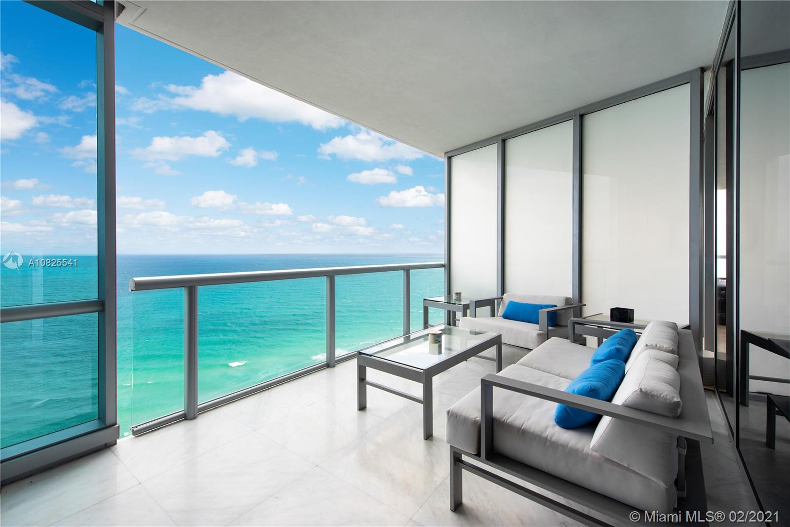 Property 17121 Collins Ave #2403 image 1
