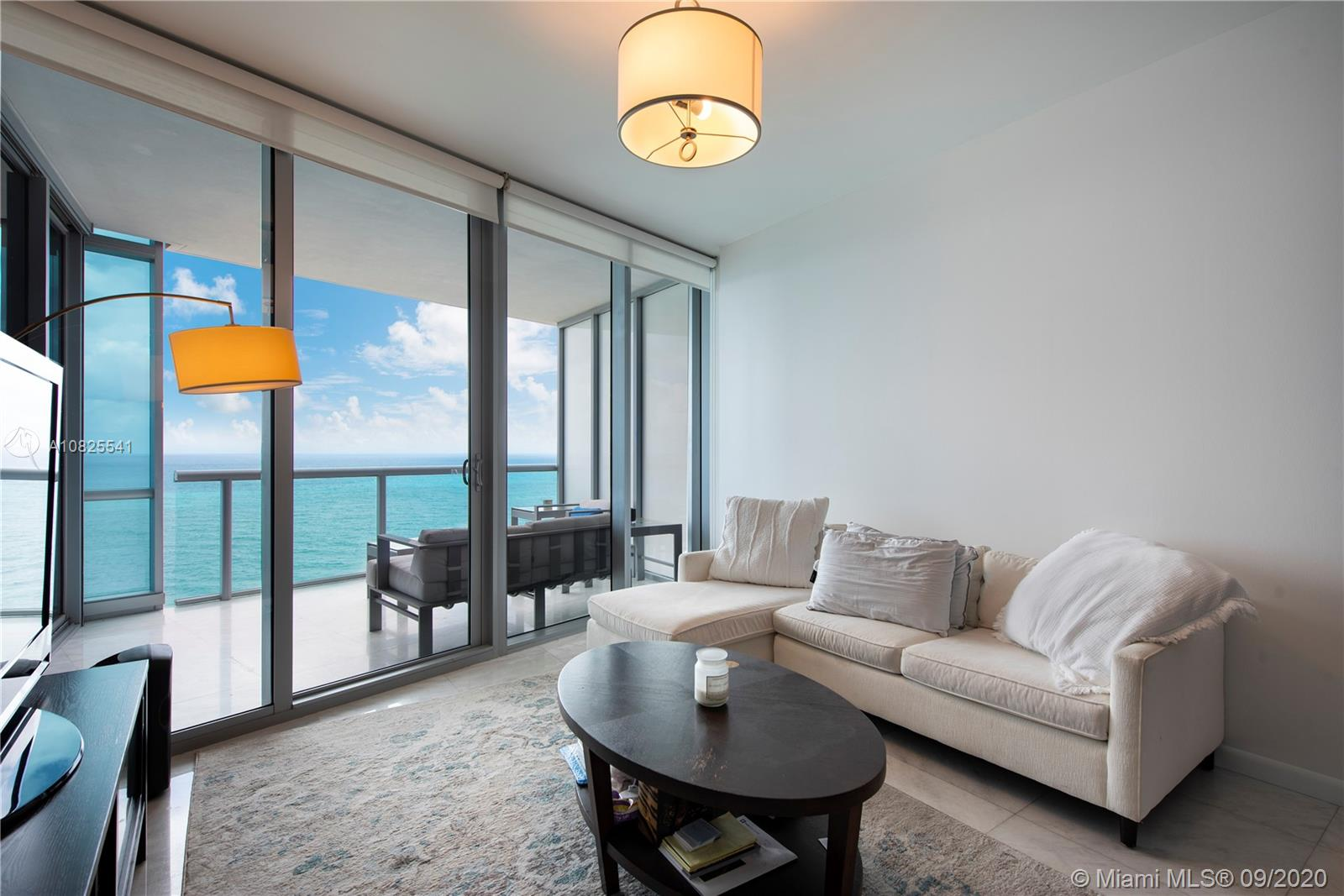Property 17121 Collins Ave #2403 image 6