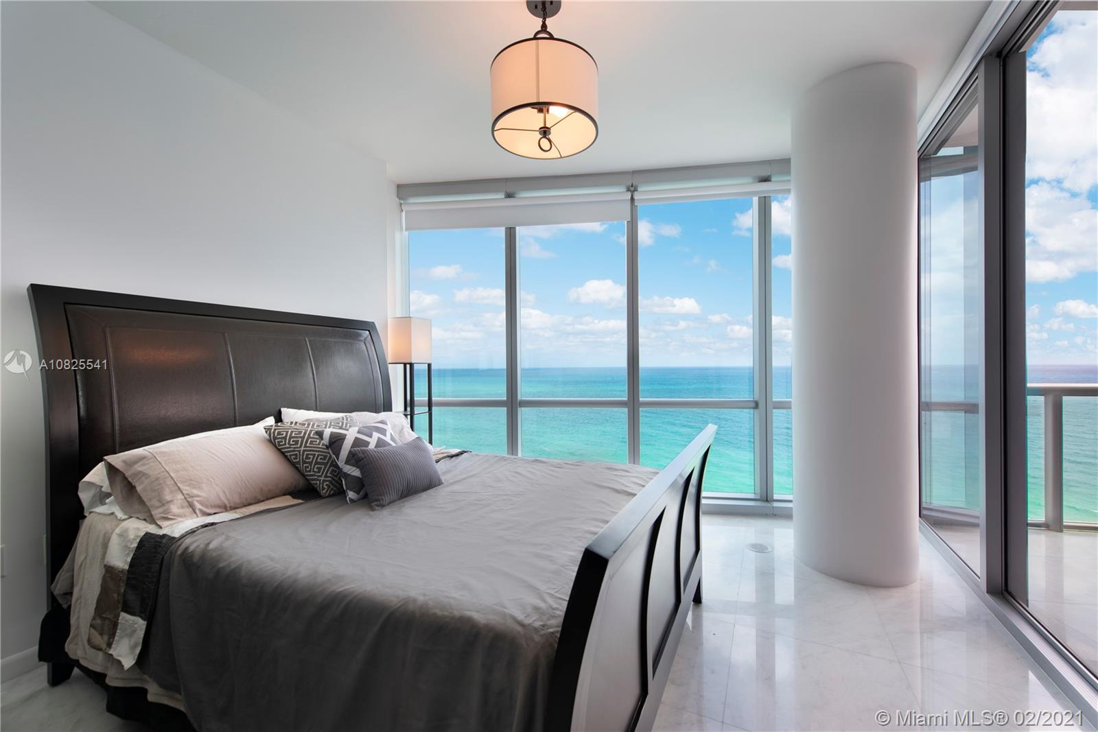 Property 17121 Collins Ave #2403 image 2