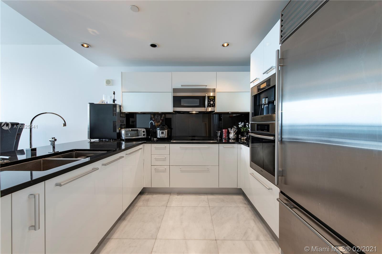 Property 17121 Collins Ave #2403 image 13
