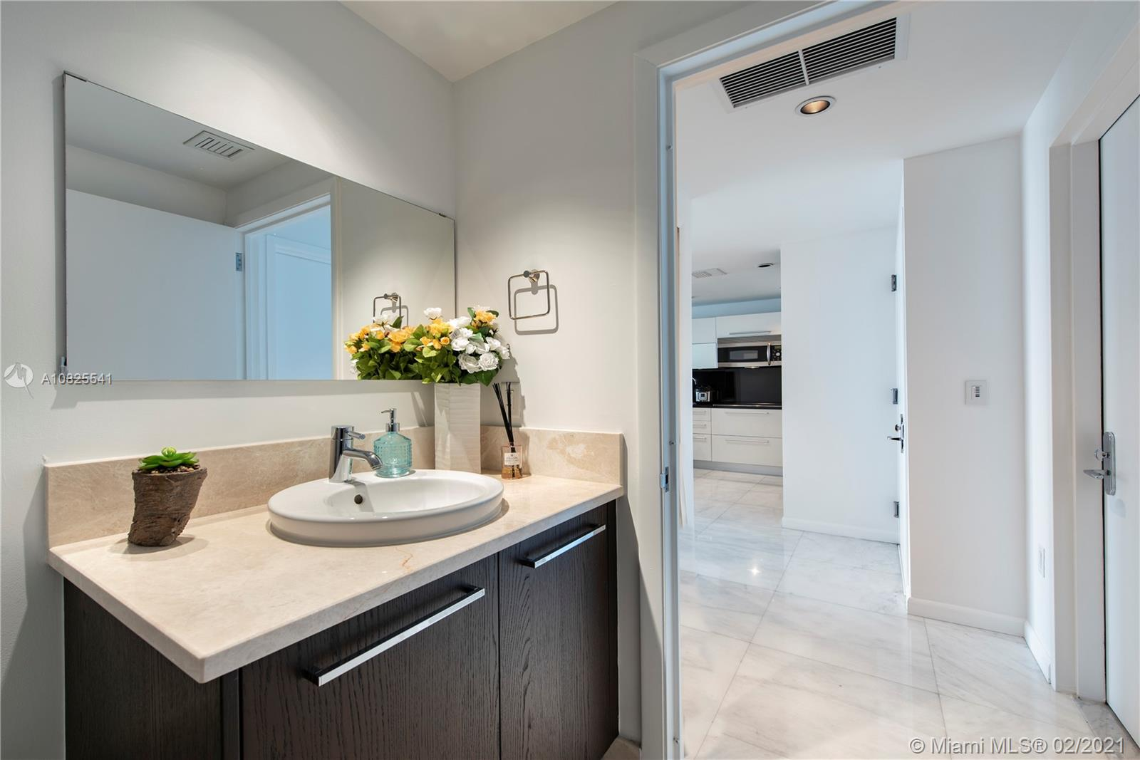 Property 17121 Collins Ave #2403 image 14