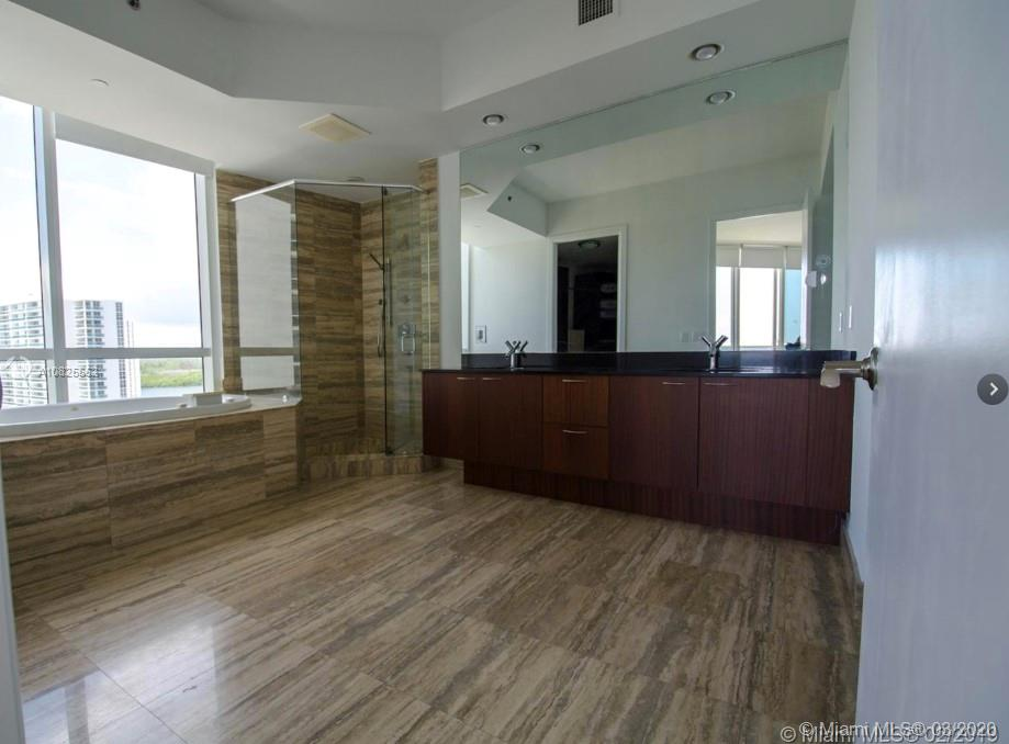 Photo of 15901 Collins Ave #1206 listing for Sale