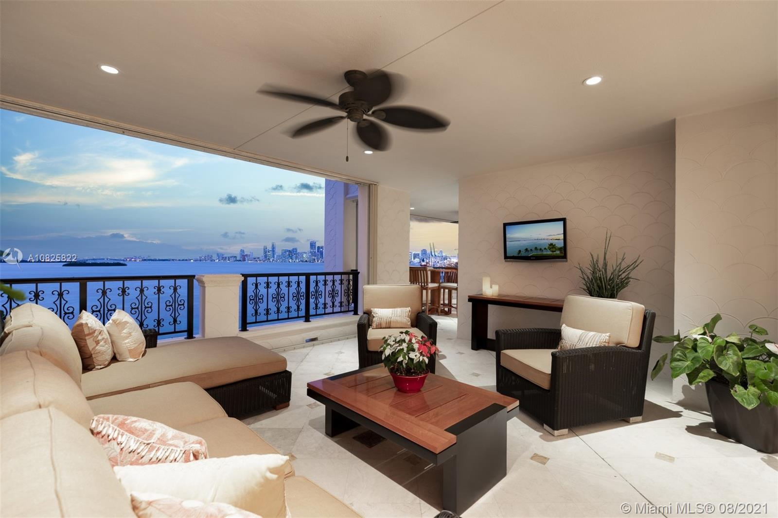 5272 Fisher Island Dr #5272 photo03