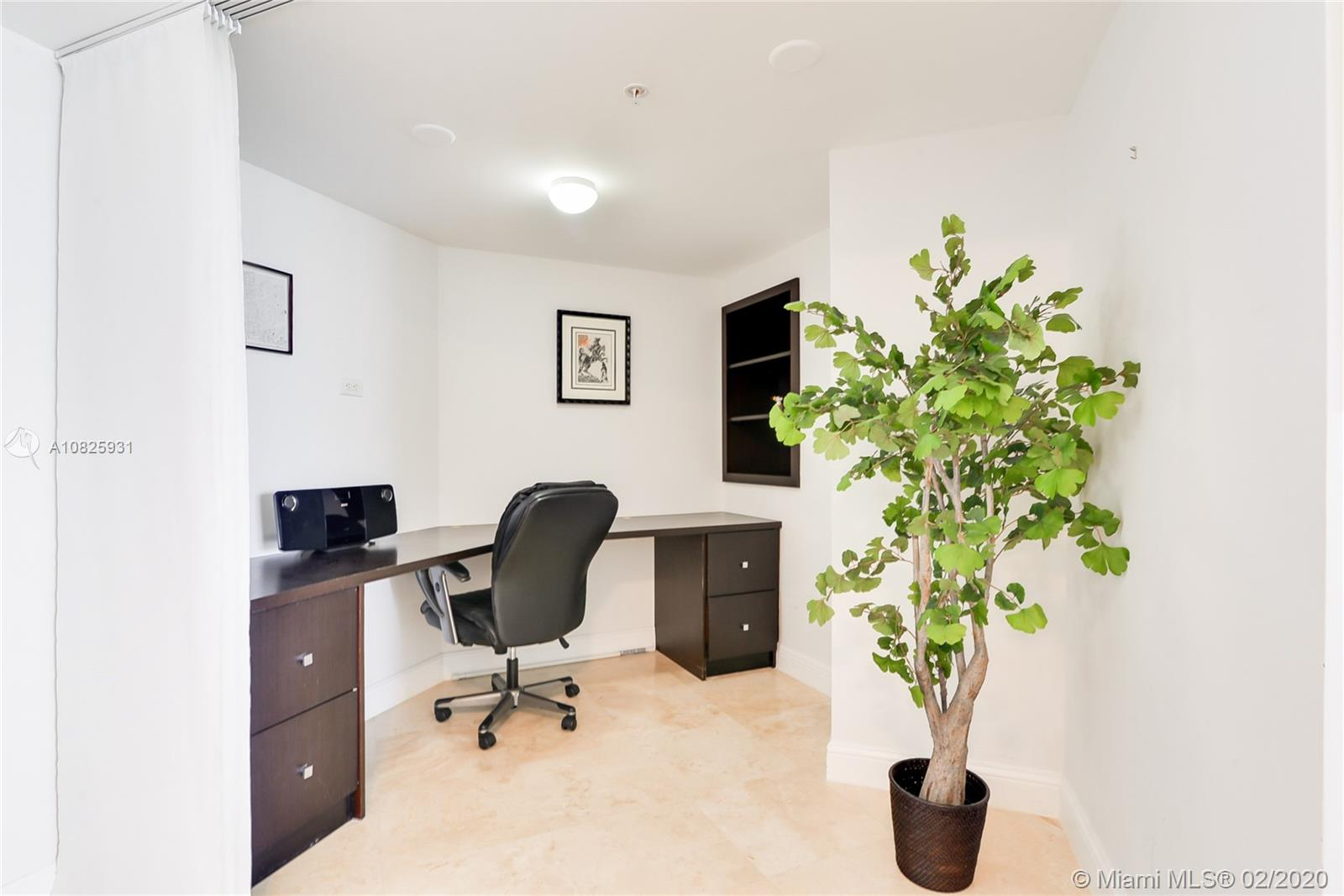 16699 Collins Ave #3803 photo018