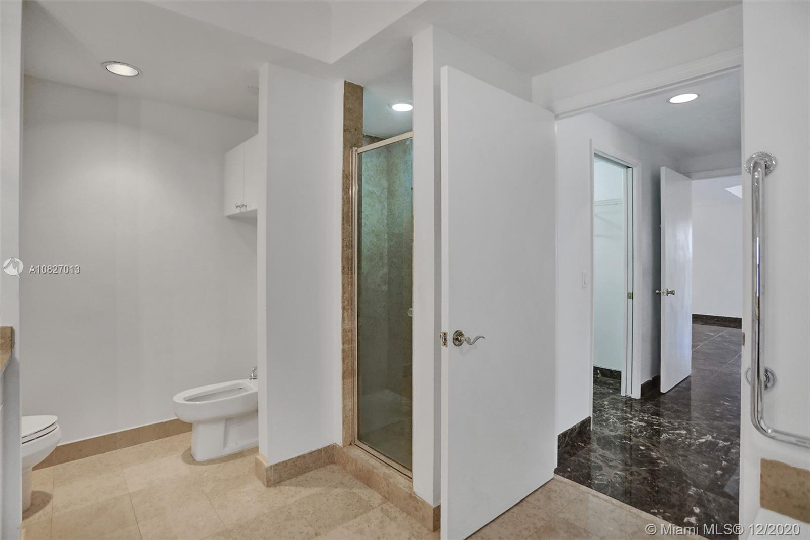 Photo of 4775 Collins Ave #703 listing for Sale